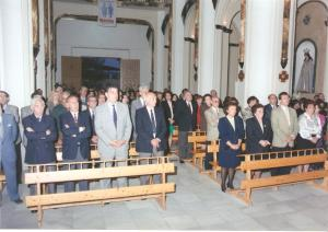 Jugadores, autoridades y aficionados en la Ermita